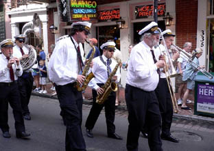 parade jazz new orleans